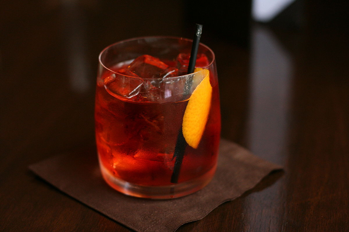 1200px-Negroni_served_in_Vancouver_BC